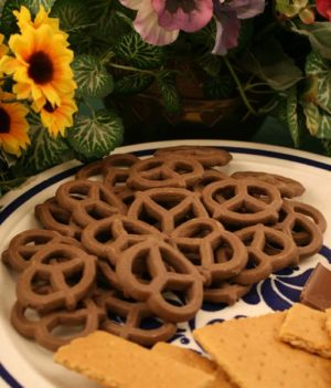 ChocolateGrahamPretzels