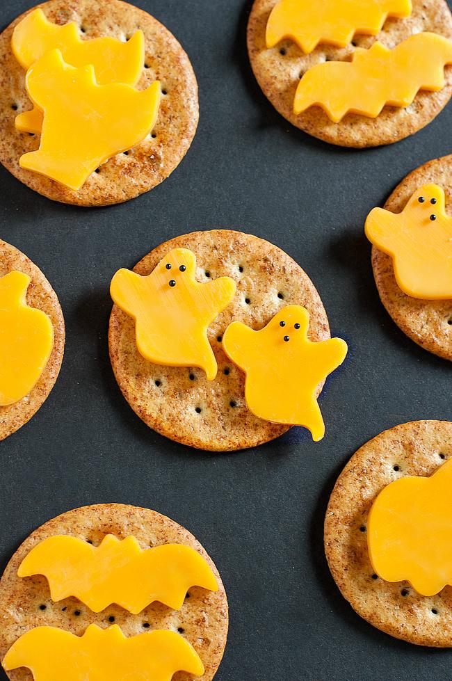 spooky-snacks-and-healthy-halloween-treats-post-0759xL.jpg