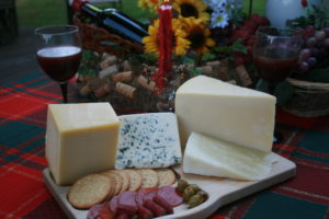 Red Wine Collection – The Best Cheeses to Pair with Your Favorite Red